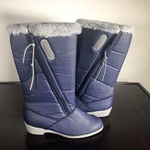 c82f2e7f2de LaCrosse Shoes   Winter Boots 15 Rollick Gray Womens   Poshmark